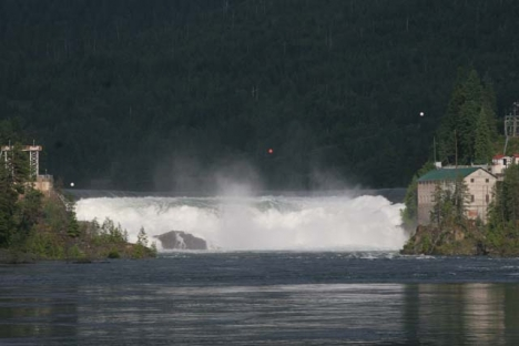 Water flows swiftly over the horseshoe dam at Bonnington Falls. — The Nelson Daily photo
